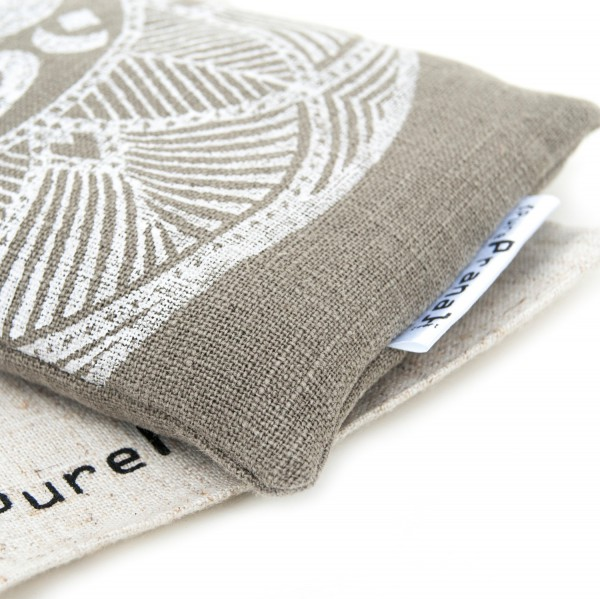 Organic eye pillow by Pure Prana Label