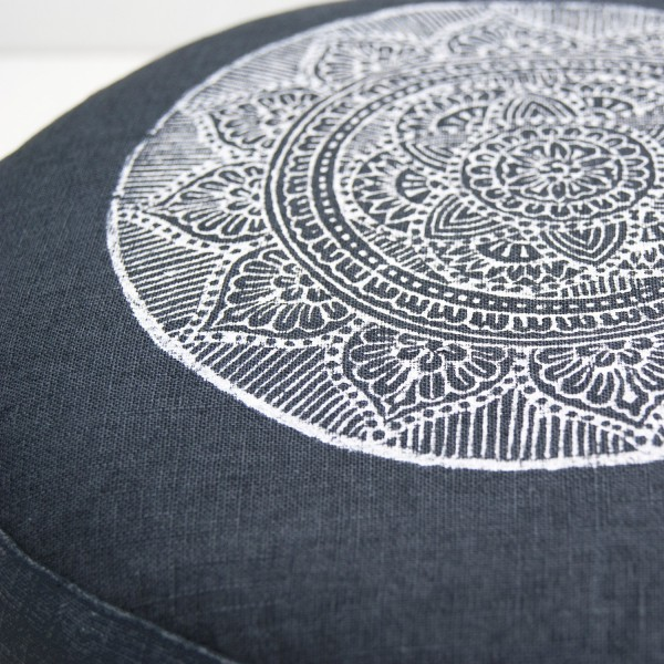 All meditation cushion are handprinted in the Netherlands