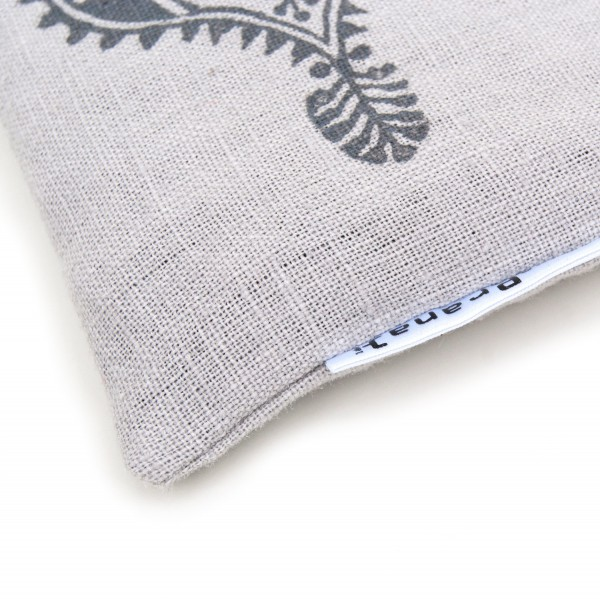 A close up on your eye pillow