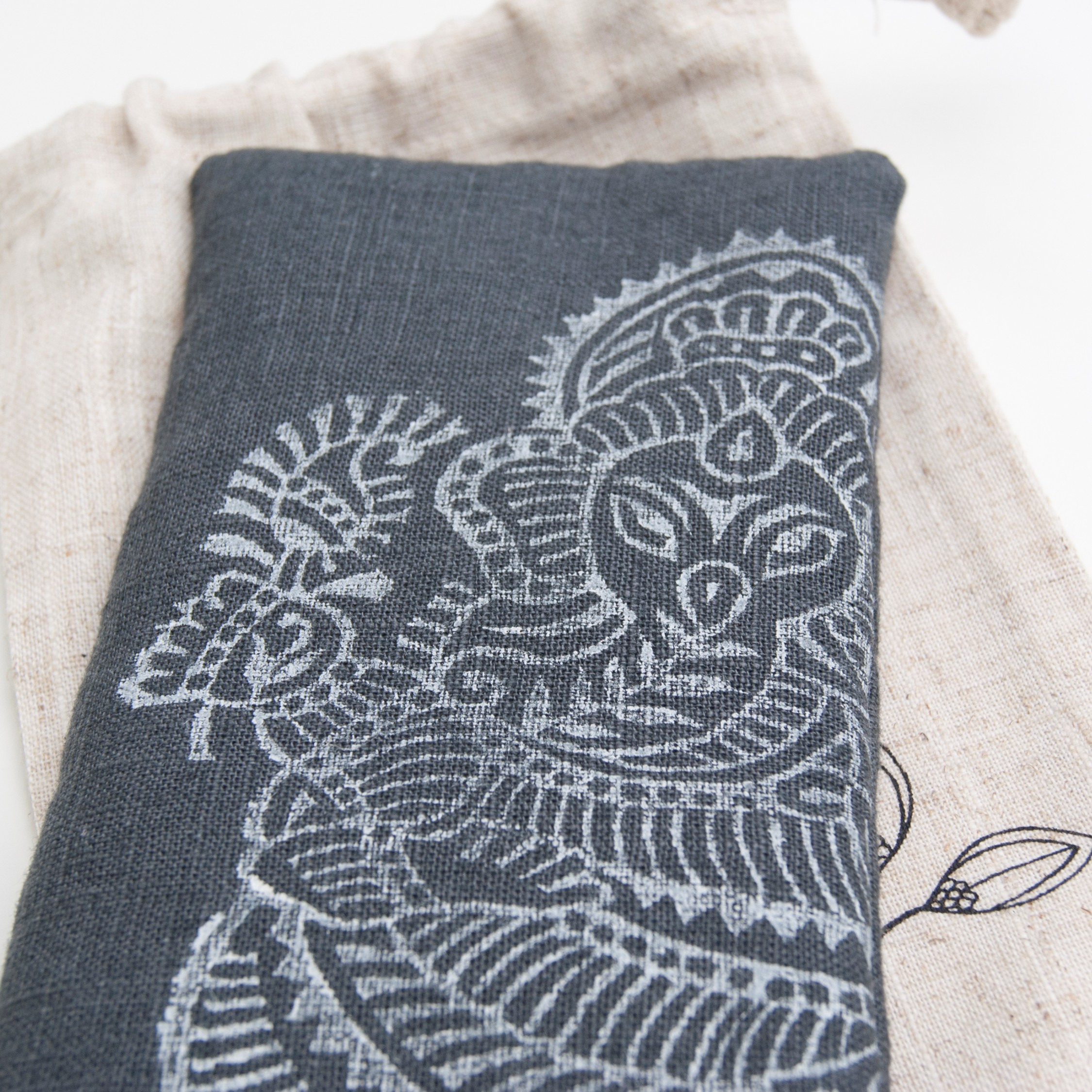 Lavender eye pillow Ganesh by Pure Prana Label