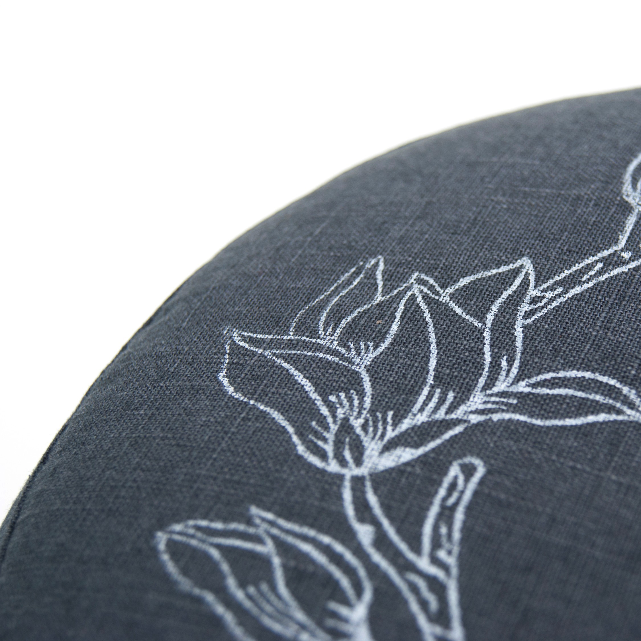 Close up meditation cushion Magnolia