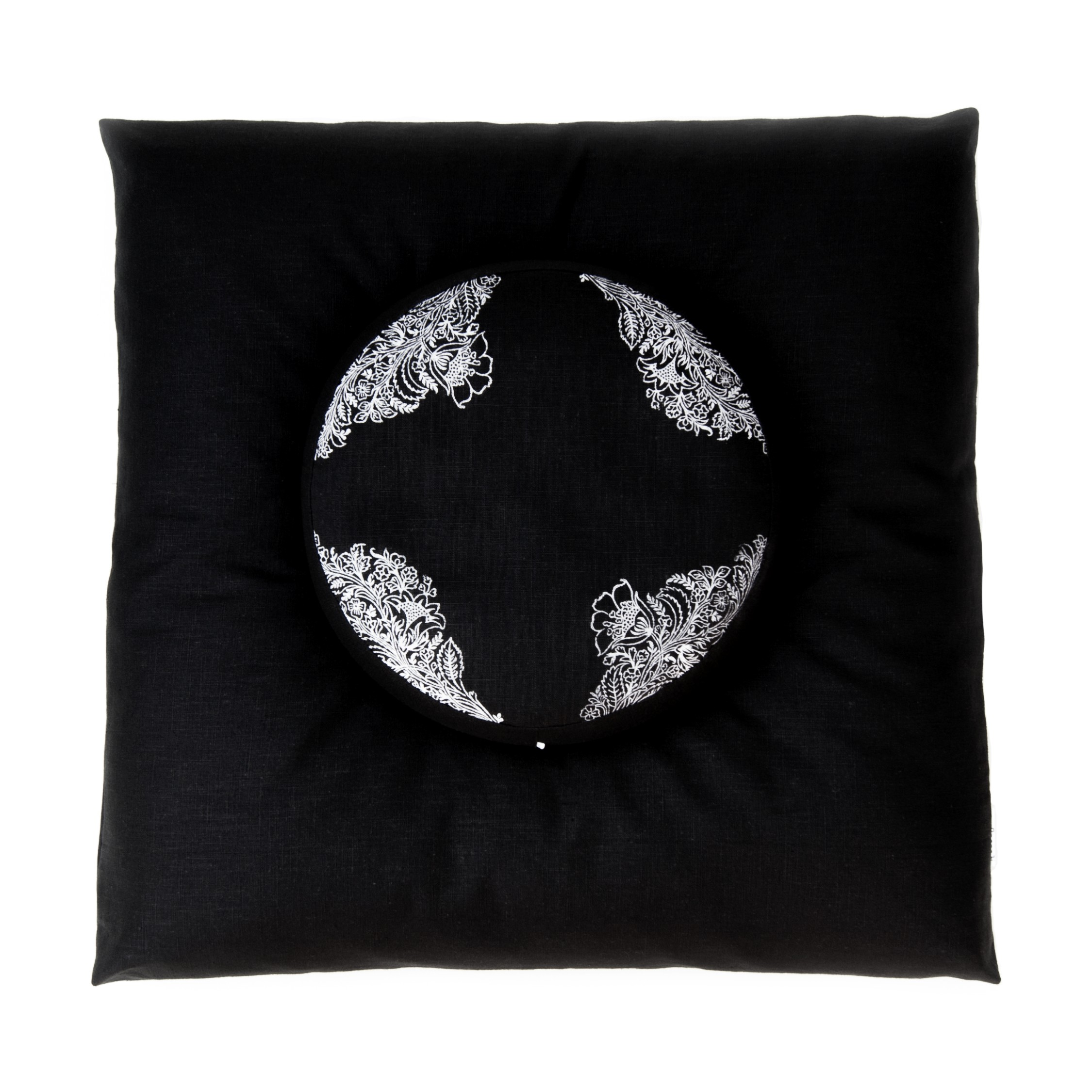 Meditation set in non-toxic flax linen